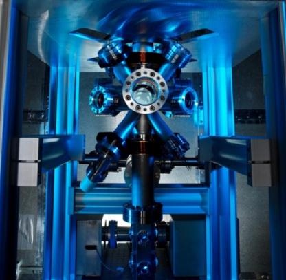cesium-atomic-clock